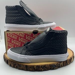 Vans Womens Sk8 Hi Slim Perf Stars Black/White